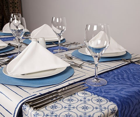 Table Linens, Service Settings, Runners
